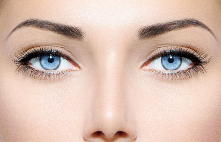 Permanent makeup treatments - eyelash