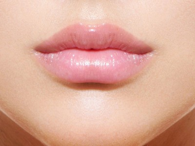 Permanent makeup treatments - lips
